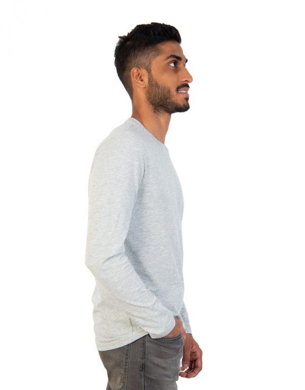 Men long grey sleeve t-shirt side